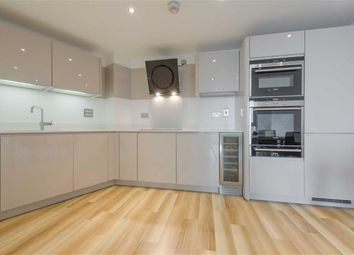 Thumbnail 2 bed flat to rent in Altitude Tower, Aldgate, London