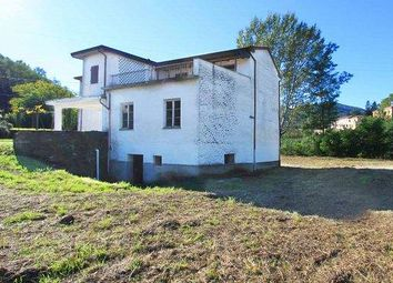 Thumbnail 4 bed farmhouse for sale in 54011 Aulla, Province Of Massa And Carrara, Italy