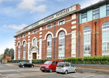 Thumbnail 2 bed flat for sale in Great West Road, London
