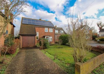 3 bed detached house for sale in Chapter Close, Uxbridge UB10