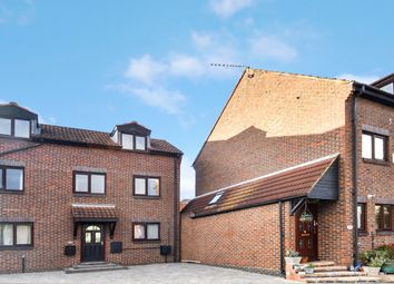 Thumbnail Detached house to rent in Steers Way, London