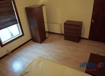 Thumbnail 2 bed flat to rent in Stockwood Crescent, Luton