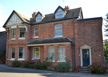 Thumbnail 2 bedroom flat to rent in Portsmouth Lane, Lindfield, Haywards Heath