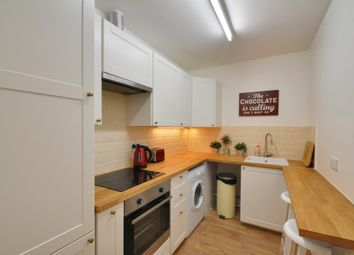 Thumbnail 2 bedroom flat to rent in Mattock Lane, Ealing