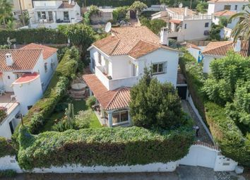 Thumbnail 4 bed villa for sale in Spain, Málaga, Marbella, Nueva Andalucía
