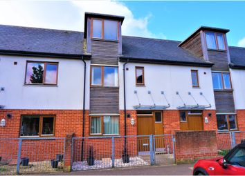 Thumbnail 3 bed town house for sale in Walnut Way, Oakridge Village, Basingstoke