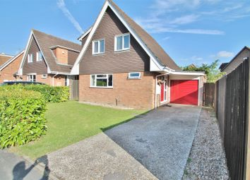Thumbnail 3 bed detached house for sale in Foxmoor Close, Oakley, Basingstoke