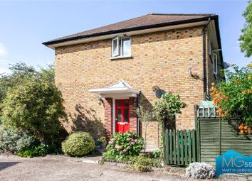 Cromwell Close, East Finchley, London N2. 2 bed maisonette