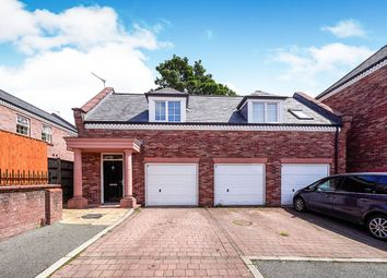 Thumbnail 2 bed flat for sale in Woodland View, Hyde, Cheshire