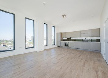 Great Eastern Road, London E15. 3 bed flat for sale