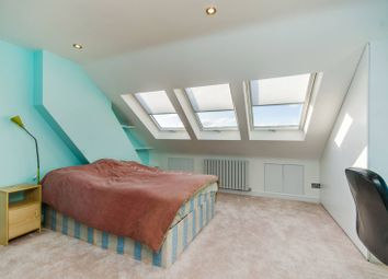 2 bed maisonette for sale in Sommerville Road, Penge SE20