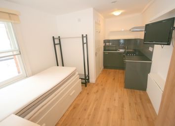 Thumbnail Studio to rent in South End Road, London
