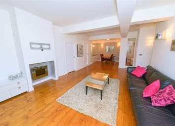 Thumbnail 2 bedroom flat for sale in 105 Wapping Lane, Wapping