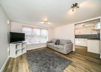 Thumbnail 1 bed flat to rent in School Road, Tilehurst, Reading
