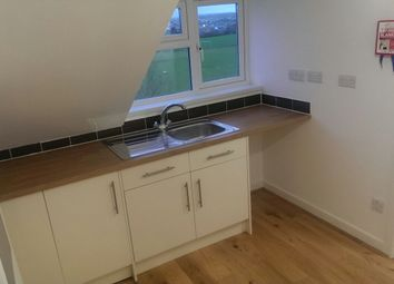 Thumbnail Studio to rent in Henver Road, Newquay