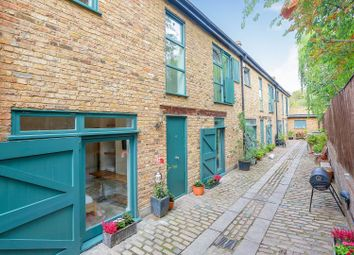 Prices Mews, Islington N1. 2 bed terraced house