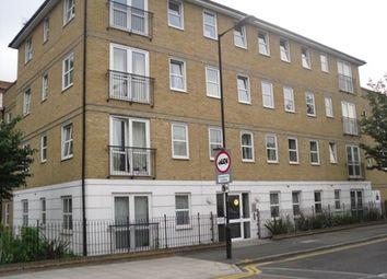 Thumbnail 2 bed flat to rent in Queensbridge Road, Haggerston