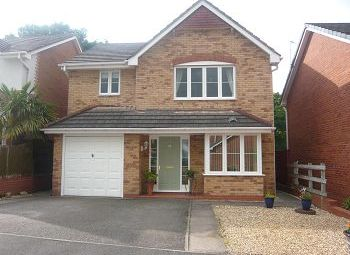 Thumbnail 4 bed detached house to rent in Wentworth Grove, Winsford