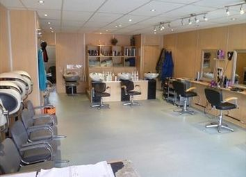 Thumbnail Commercial property to let in Hairdressers / Hair Design, St Annes On Sea