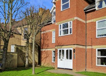 Thumbnail 2 bedroom flat to rent in Cameron Road, Croydon, Surrey