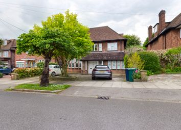 Thumbnail 6 bed detached house to rent in Fairholm, London