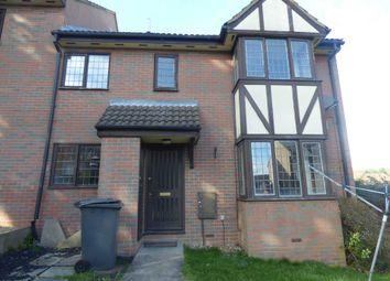 Thumbnail 2 bed town house to rent in Felbrigg Close, Luton