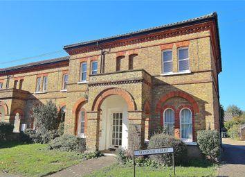 1 bed flat for sale in Knaphill, Woking, Surrey GU21