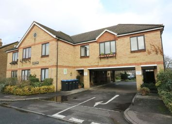 Thumbnail 1 bedroom flat for sale in Hythe Park Road, Egham