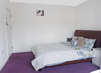 Thumbnail 6 bed terraced house for sale in Cheyney Avenue, Edgware