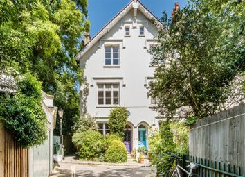 Thumbnail 3 bed property for sale in The Vale Of Health, Hampstead