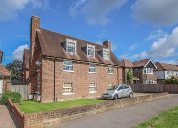 Thumbnail 3 bed flat to rent in Avondale Avenue, Esher