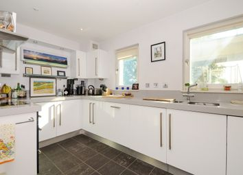 Thumbnail 1 bed flat to rent in Islington Green, London