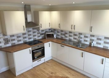 2 bed flat to rent in Royal Harbour Parade, Ramsgate CT11
