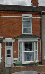 Thumbnail 3 bed terraced house to rent in Castle Street, Grimsby