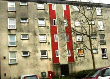 Thumbnail 3 bedroom flat to rent in Glenhove Road, Cumbernauld, North Lanarkshire