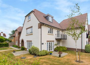 Thumbnail 2 bed flat for sale in Aspin Lodge, 38 North Park, Chalfont St. Peter, Gerrards Cross