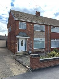 3 bed semi-detached house to rent in Knowles Avenue, Hull HU6