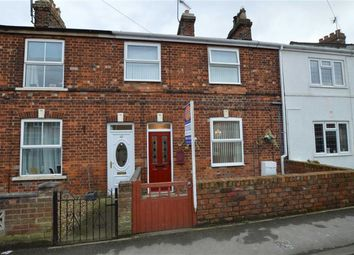 Thumbnail 2 bed cottage for sale in Marlborough Avenue, Hornsea, East Yorkshire