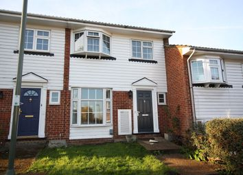 3 bed terraced house to rent in Mount Hermon Close, Woking GU22