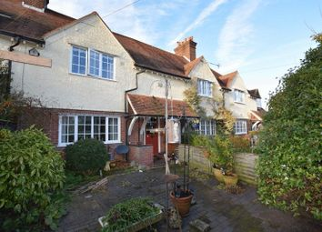Thumbnail 3 bedroom terraced house for sale in Parrotts Lane, Buckland Common, Tring