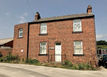 Thumbnail 2 bed detached house to rent in Pottery Street, Castleford