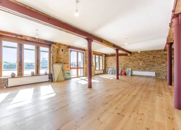 Thumbnail 4 bed flat to rent in Wapping High Street, Wapping