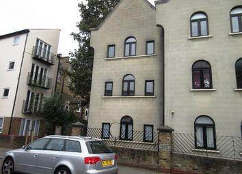Thumbnail 6 bed semi-detached house to rent in Kiver Road, London