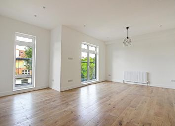 Thumbnail 3 bed flat to rent in Bow Lane, Finchley, London