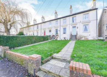 Thumbnail 1 bed flat to rent in Prospect Road, St.Albans