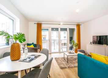 Thumbnail 1 bedroom flat for sale in 170 Elm Quay, Endle Street, Southampton