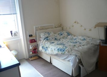 Thumbnail Room to rent in Strathray Gardens, Swiss Cottage