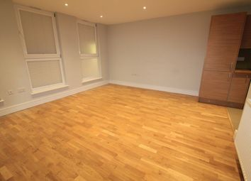Thumbnail 1 bed flat to rent in Eltham, London