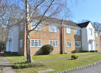 Thumbnail 1 bed flat to rent in Dunnock Close, Rowlands Castle