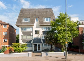 2 bed maisonette to rent in Worple Road, Wimbledon SW19